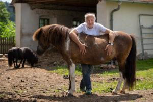 Walter Huber mit Pferd